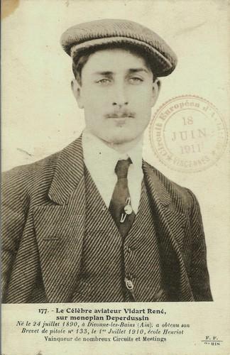 Le célèbre aviateur René Vidart