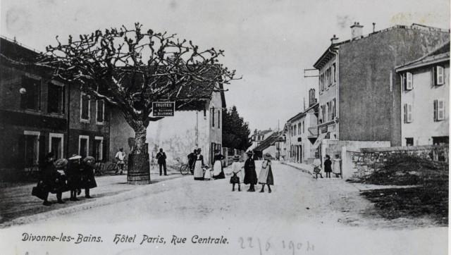 Hotel Paris - Rue Centrale