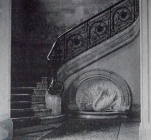 Le cygne qui ornait l'escalier de l'hôtel Chicago